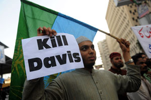 Public outrage: Protesters in Pakistan have called for the death of Raymond Davis. Photo: AFP