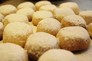 baking-bicuits-bina-khan-11