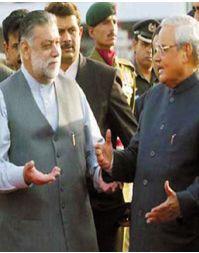 Mir Zafrullah Jamil and Atul Behari Vajpayee. Photograph: AFP