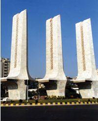 monuments-1-jan06