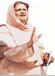 nasreen-jalil-jul03