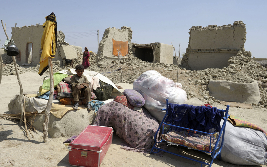 Calamity strikes: Thousands of people are displaced by an earthquake.
