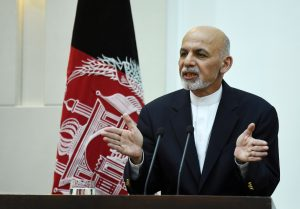 Afghan President Ashraf Ghani gestures as he addresses a press conference at the presidential palace in Kabul on September 29, 2015. Afghan troops backed by US air support launched a counter-offensive September 29 to retake Kunduz a day after Taliban insurgents overran the strategic northern city in their biggest victory since being ousted from power in 2001. The Taliban stormed Kunduz on September 28, capturing government buildings, freeing hundreds of prisoners and raising their trademark white flag throughout the city. AFP PHOTO / Wakil Kohsar